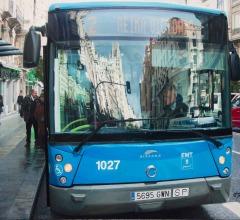 Reflejos-en-el-bus-2-Madrid-81x65cm